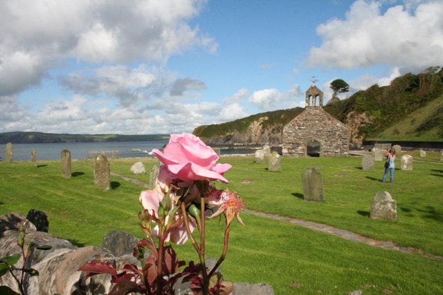 Cwm-yr-eglwys Church