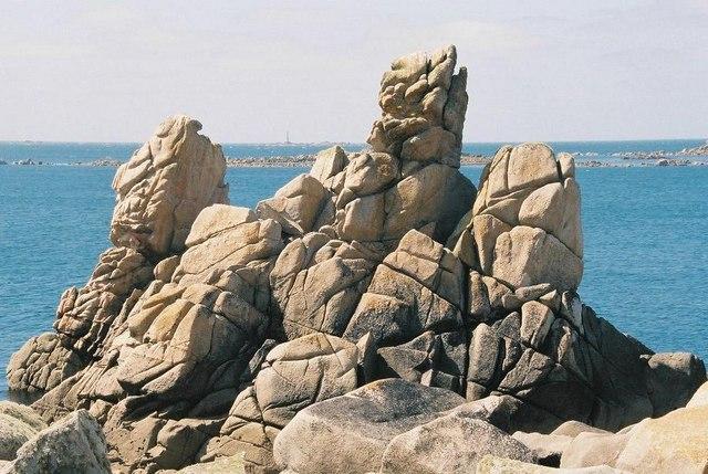 St. Agnes: Bishop Rock and other rocks