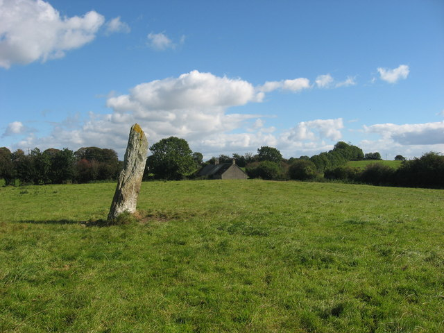 Standing stone at Rathiddy
