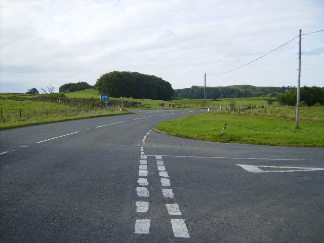 Staggered crossroads on the A755