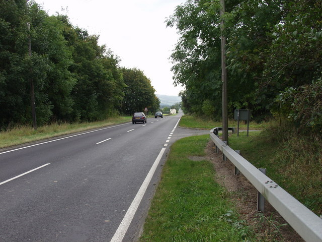 The  A483 heads south into the Severn Valley