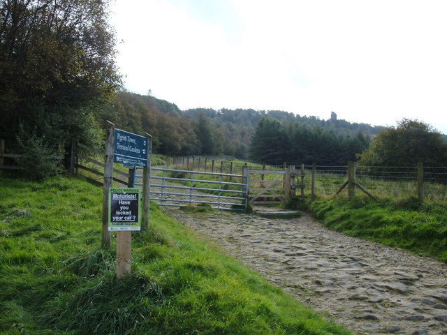 Bridleway to the Pigeon Tower