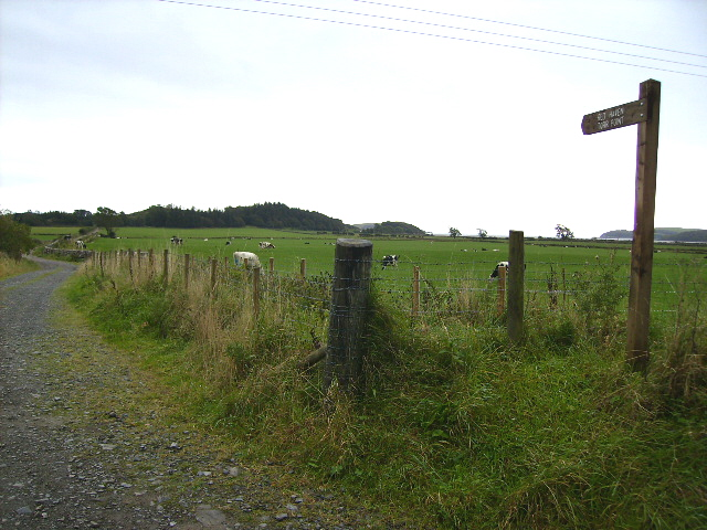 Signposted track to Torr Point