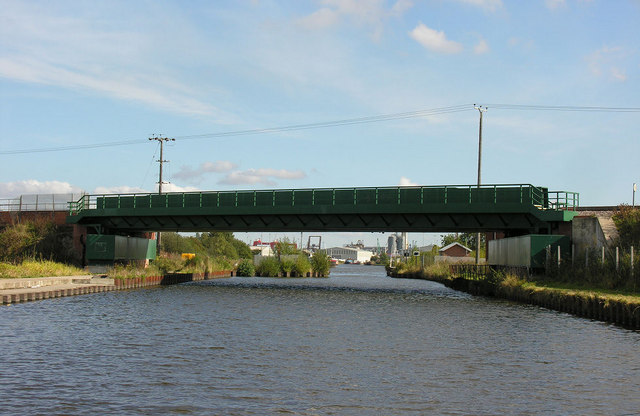 Canal Railway Bridge from west