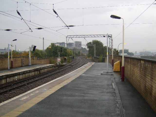 Railway lines and Partick Station