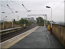 NS5566 : Railway lines and Partick Station by Stephen Sweeney