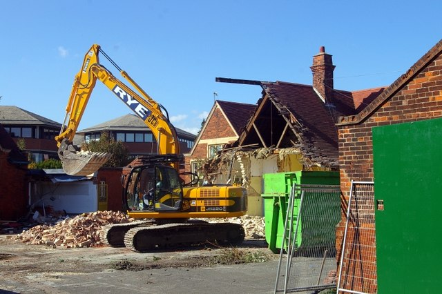 Demolition of Milton Road School