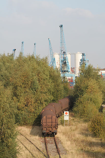 Railway into Goole docks