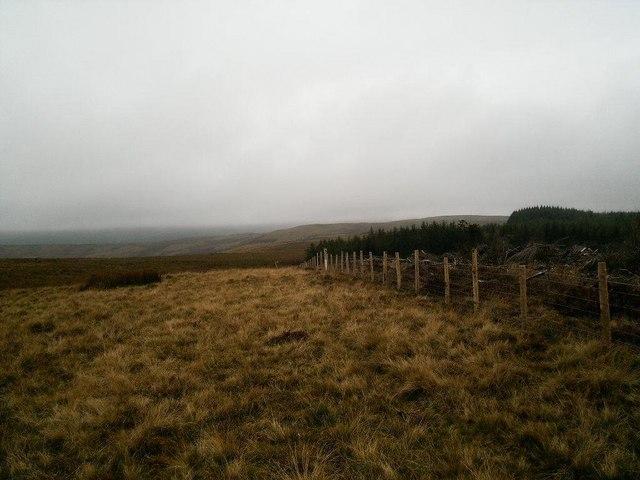 Waen Llestri, looking west over moorland