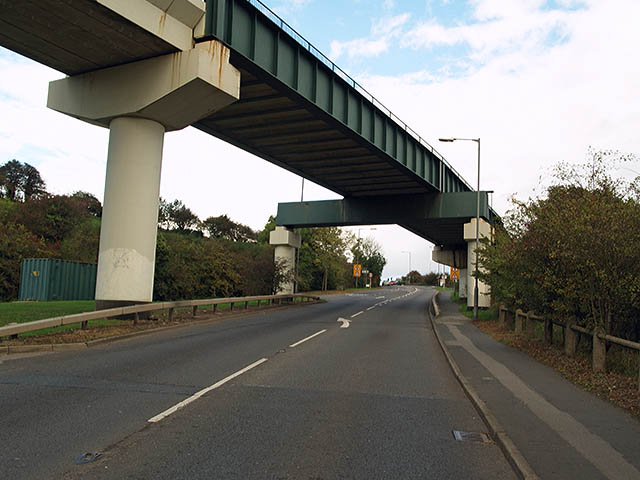 Railway bridge over A174