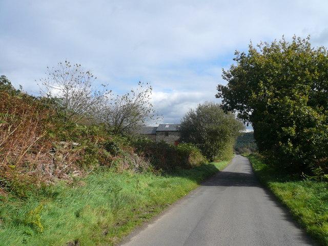 Approaching Cat Hole Farm