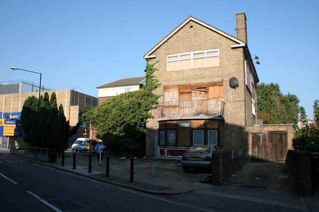 'The Artichoke', Stepney Way, East London