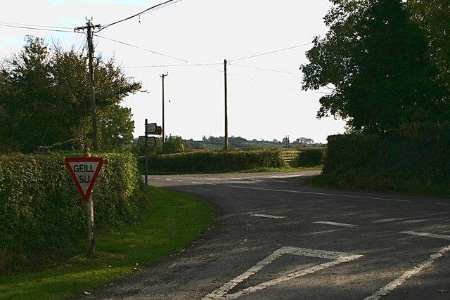 Cross roads near Poulagower