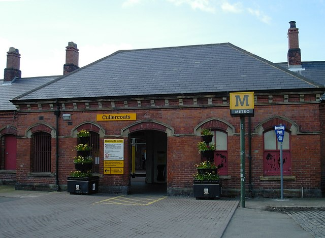 Cullercoats - Southbound station buildings (exterior)