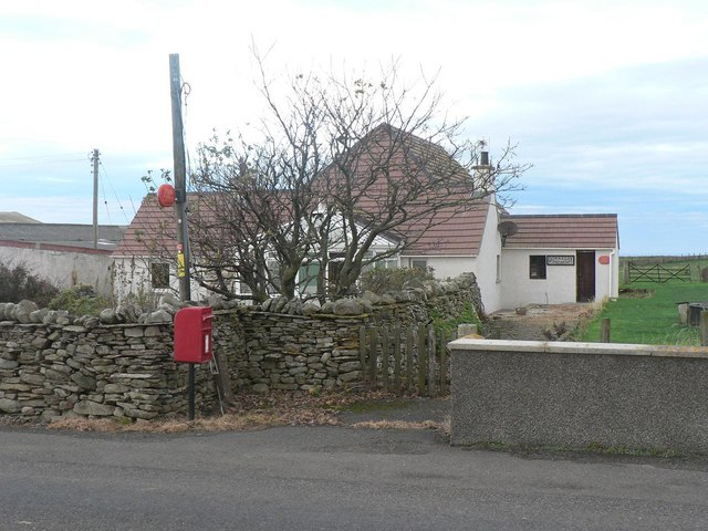 Dounreay: Downreay Post Office and postbox № KW14 30