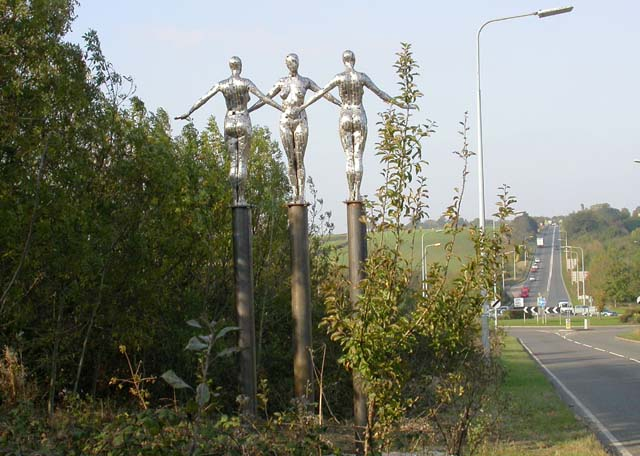 Sculpture on the A5193