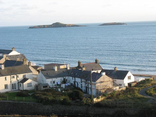 Ynysoedd y Gwylanod viewed from upper Aberdaron