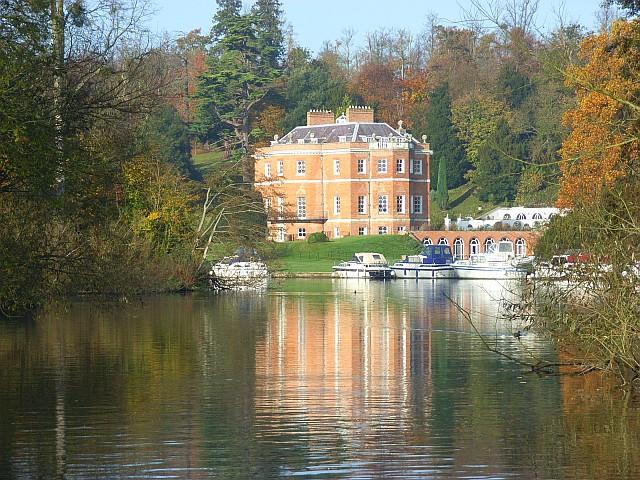 Harleyford Manor
