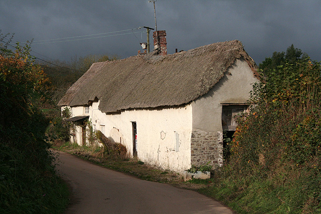 Wembworthy: cottage for auction