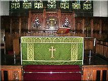 SJ5798 : St Thomas Church, Ashton-in-Makerfield, Altar by Alexander P Kapp