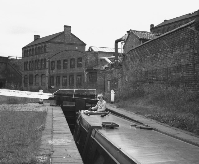 Camp Hill Lock No 54, Grand Union Canal