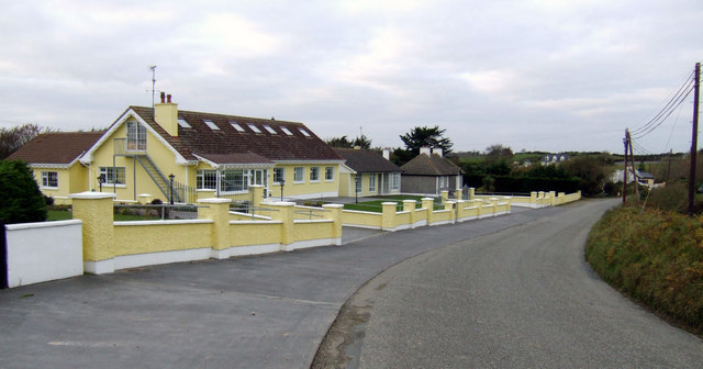 Mellow yellow house