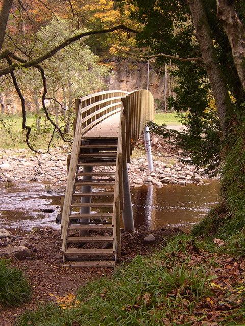 New footbridge at Plankey Mill