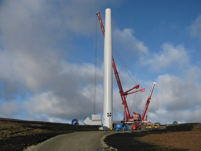 Scout Moor Turbine Tower No 16 under construction