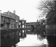 SD8432 : Manchester Road Bridge 130B, Leeds and Liverpool Canal, Burnley by Dr Neil Clifton
