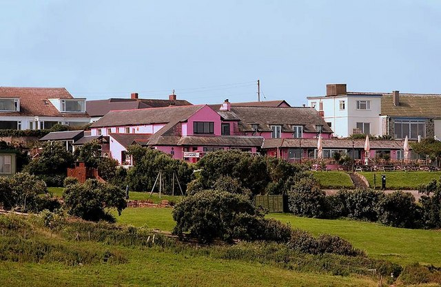 The Bowgie Inn at West Pentire - Crantock - Cornwall