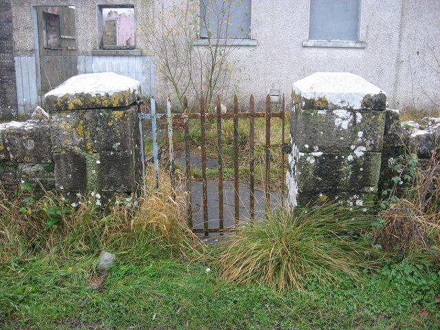 School gate, Garrysallagh National School