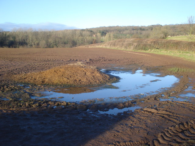 Ploughed field and dung heap at Oak