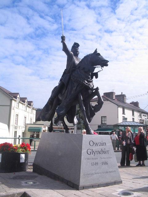 Corwen's new statue of Owain Glyndwr