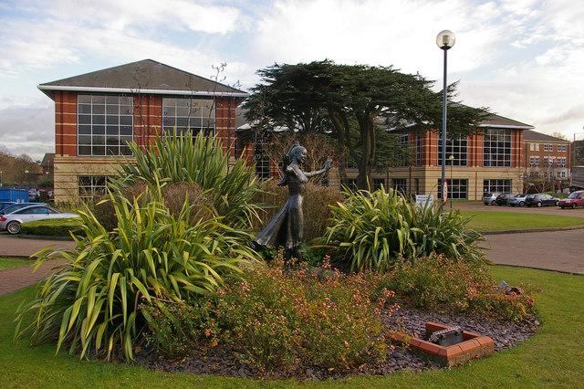 Watson Wyatt offices and Margot Fonteyn statue
