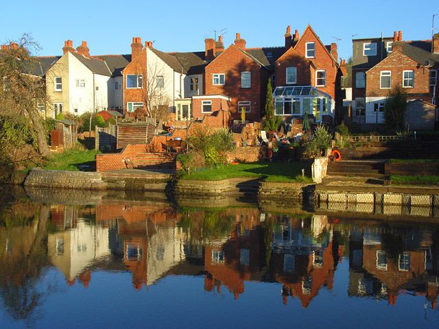 Houses beside the Kennet, Reading