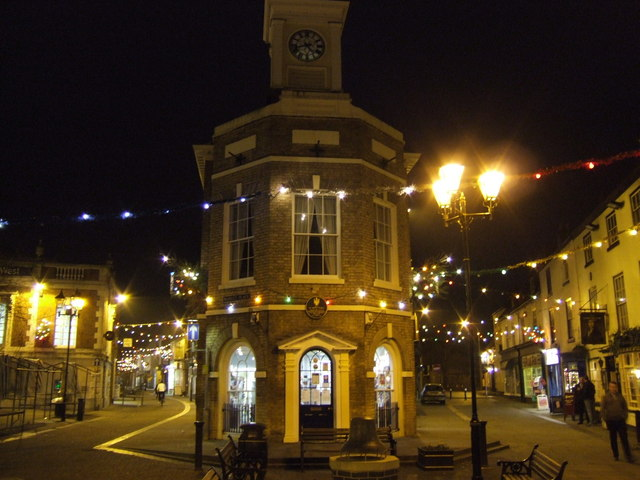 The Buttercross, Brigg; Christmas lights