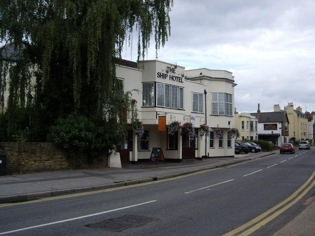 The Ship Hotel, Shepperton