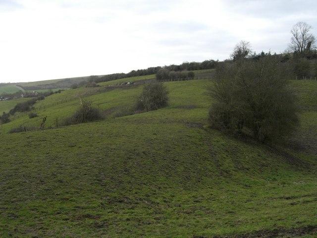 Pyecombe, turnpike earthbank