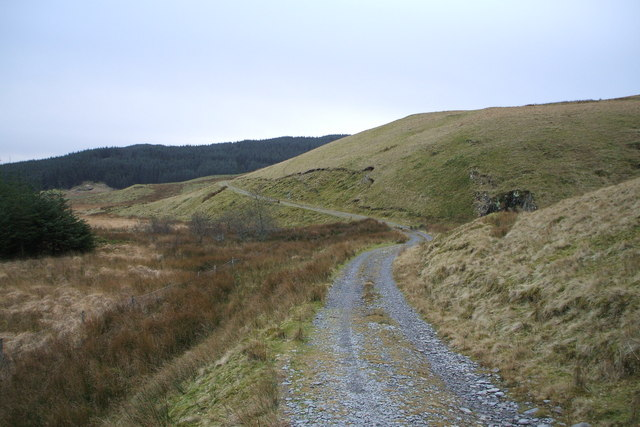 Track from Anglers retreat to Llyn Penrhaeadr