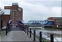 TA1029 : Riverside Footpath, Hull by Peter Church
