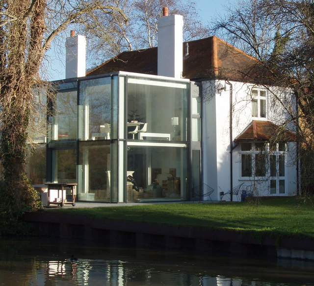 House by canal with modern extension