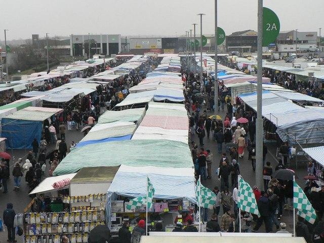 Wembley: Sunday market