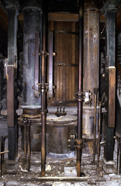 Dorothea beam engine - the lower chamber.