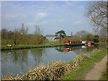 SU2763 : The Kennet & Avon canal near Great Bedwyn by Nigel Brown