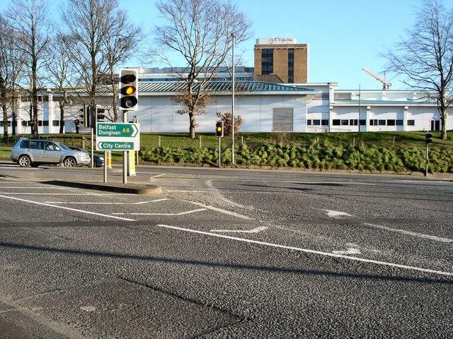 Traffic lights at Altnagelvin junction