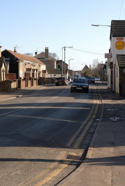 Looking Along Dartford Road