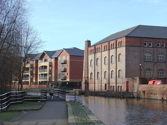 New and old alongside the Canal