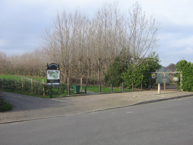 Entrance to Poverest Recreation Ground from Footbury Hill Road