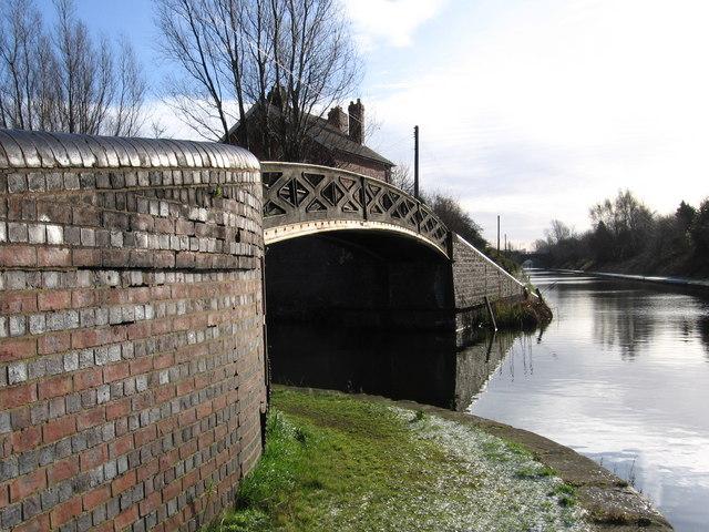 Smethwick - canal junction near Soho Train Depot