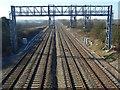 SU3890 : Railway near Grove by Andrew Smith
